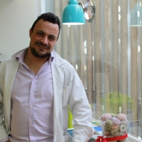 Βαγγέλης | Φαρμακοποιός