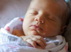 Φασκιώστε το μωράκι σας με μουσελίνα Adain & Annais