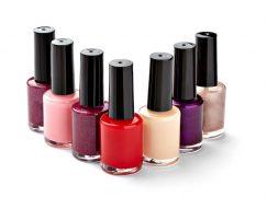 Πες μου το ζώδιο σου να σου πω τι χρώμα να βάψεις τα νύχια σου