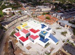 To καταπληκτικό σπίτι των Lego ανοίγει τις πόρτες του