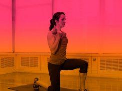 5 ασκήσεις για να γυμνάσετε χέρια και ώμους
