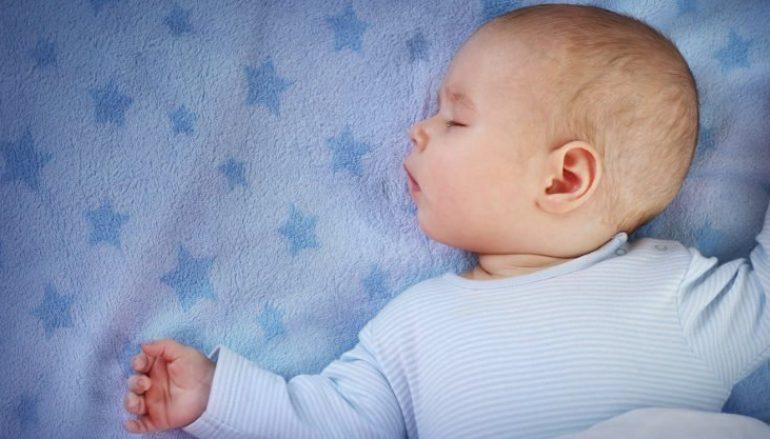 Πόσο ύπνο χρειάζεται πραγματικά το μωρό μου;