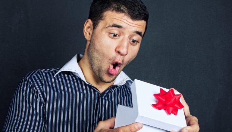 Δώρα για τους Νίκους από το Placebo