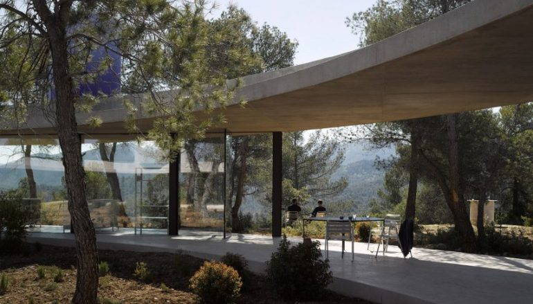 To Dezeen επιλέγει τα 10 ωραιότερα σπίτια για το 2017!