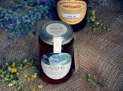 Το θυμαρίσιο μέλι «Άρτεμις» έχει την τιμητική του στο Placebo!