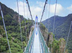 Η Κίνα κατασκεύασε την μεγαλύτερη κρεμαστή γέφυρα!