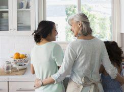 Νέα έρευνα αποδεικνύει ότι τα παιδιά χρειάζονται χρόνο με τις γιαγιάδες και τους παππούδες τους!