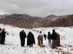 Χιόνισε στη Σουδική Αραβία!