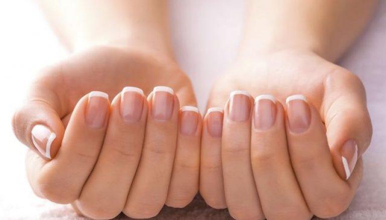 Τι λείπει από τη διατροφή και σπάνε εύκολα τα νύχια σας;