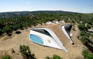 Η Villa Ypsilon στην Πελοπόννησο υποψήφια για το βραβείο κορυφαίας κατοικίας του κόσμου στο Archdaily