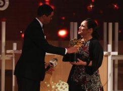 Η Κύπρια Άντρια Ζαφειράκου βραβεύτηκε ως η καλύτερη δασκάλα στον κόσμο