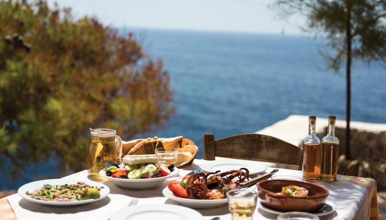 Πες μου που θα πας διακοπές, να σου πω τι να φας