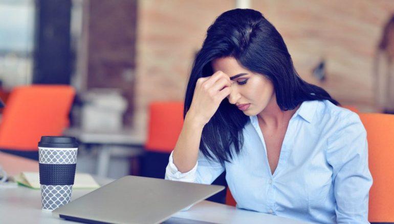 Η μία λέξη που μειώνει το άγχος σύμφωνα με τους ψυχολόγους