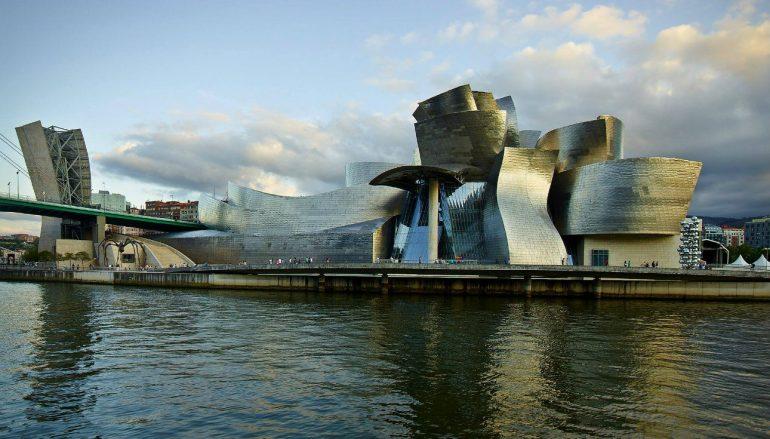 Πλωτά κτίρια: Η επαναστατική αρχιτεκτονική του μέλλοντος