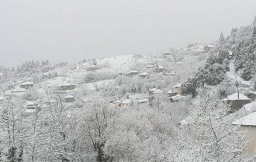 Χιονισμένα τοπία σε ολόκληρη τη χώρα