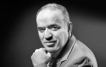 Γκάρι Κασπάροφ: «Η τεχνητή νοημοσύνη θα μας βγάλει από τη βολή μας»